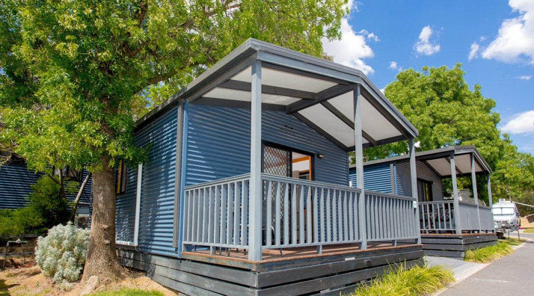 BIG4 Melbourne Accommodation One Bedroom Superior Cabin 5 berth 900px 00