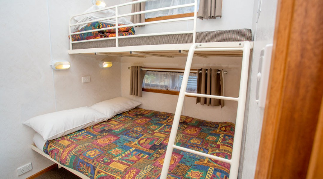 BIG4 Melbourne Accommodation One Bedroom Superior Cabin 5 berth 900px 15