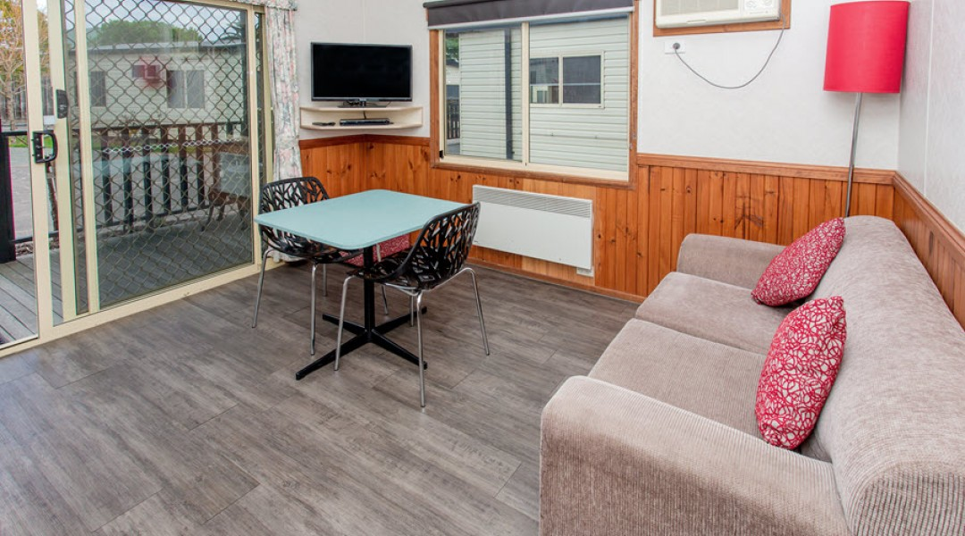 BIG4 Melbourne Accommodation One Bedroom Superior Cottage 2 berth 900px 04