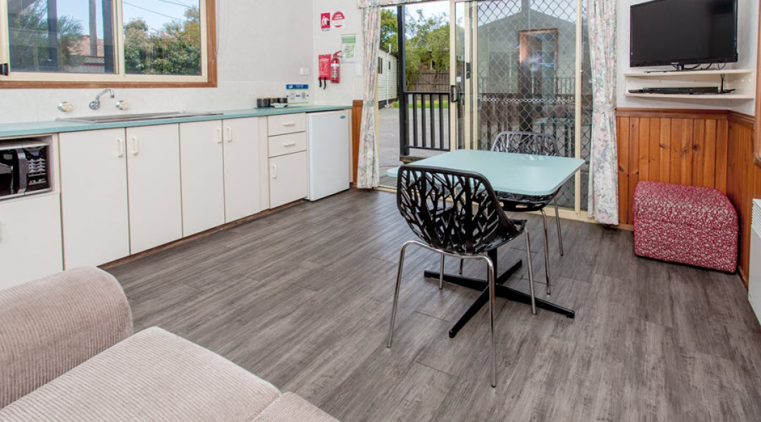 BIG4 Melbourne Accommodation One Bedroom Superior Cottage 2 berth 900px 06