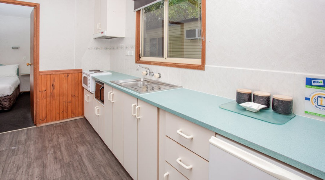 BIG4 Melbourne Accommodation One Bedroom Superior Cottage 2 berth 900px 03
