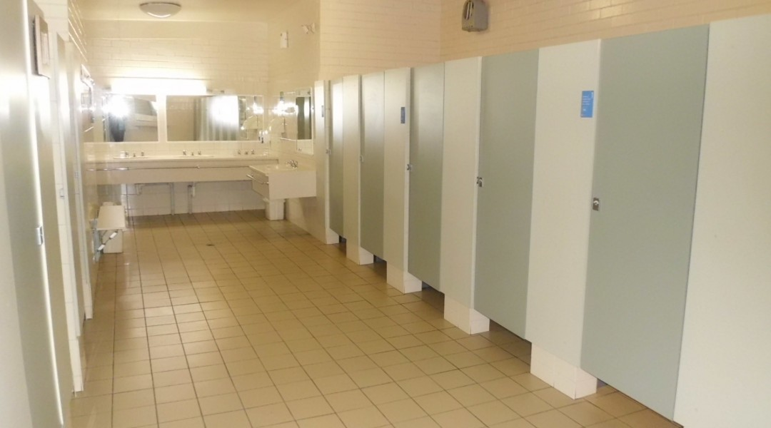 Melbourne BIG4 Holiday Park Spotless Ladies Bathroom
